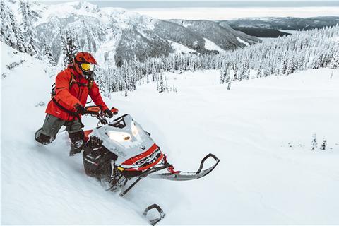 Ski-Doo Summit X Expert 2021